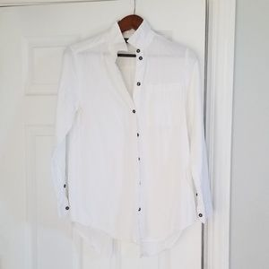 Topshop split back button up